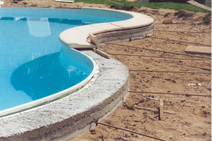 installation de margelles puits de lumi re xpert excavation. Black Bedroom Furniture Sets. Home Design Ideas